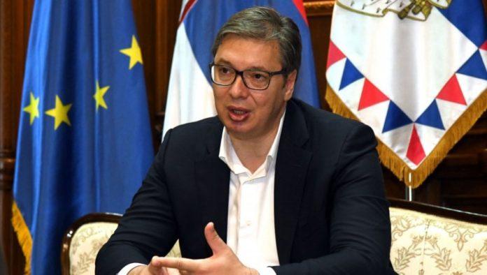 Vucic auf Pressekonferenz
