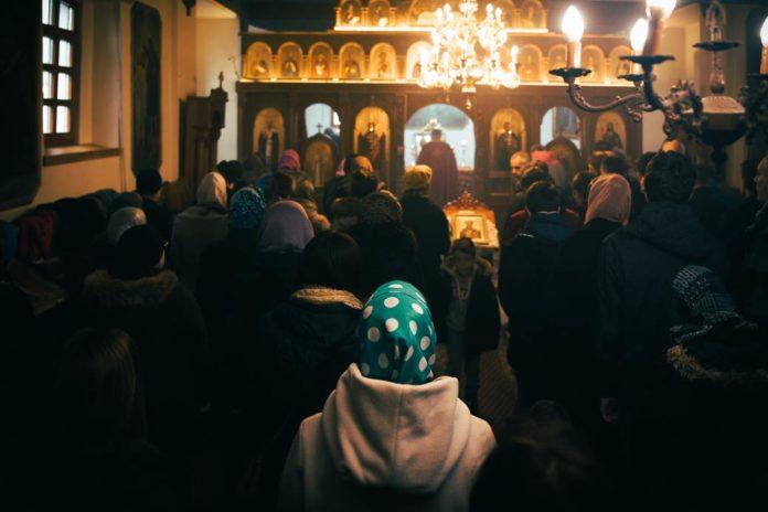 Gottesdienst in orthodoxer Kirche