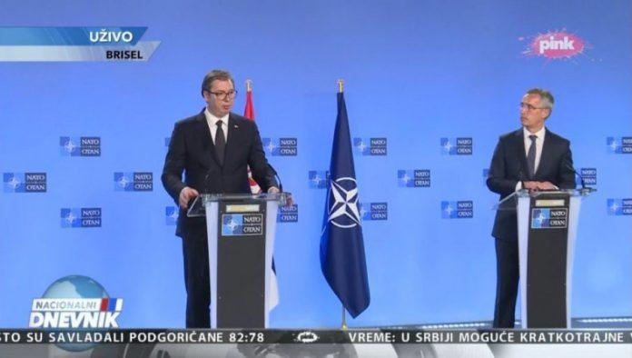 stolenberg-vucic-auf-pressekonferenz