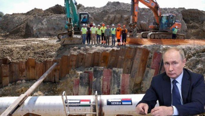 Russland beliefert und über neue Pipeline